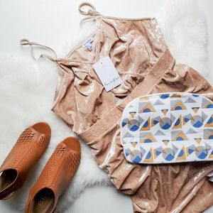 NWT LOVE, FIRE Blush Crushed Velvet Mini Dress XXL